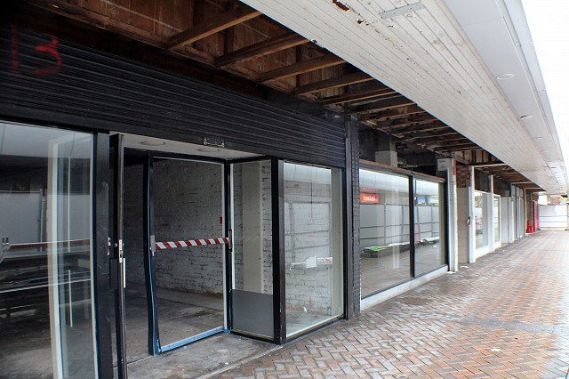 Various shop units have already been complete with all asbestos removed, and awaiting demolition